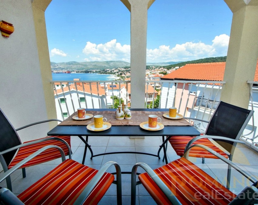 Apartment in Okrug Gornji - For sale - Two bedroom