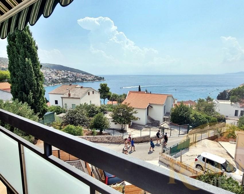 Wohnung in Okrug Gornji - Zu verkaufen