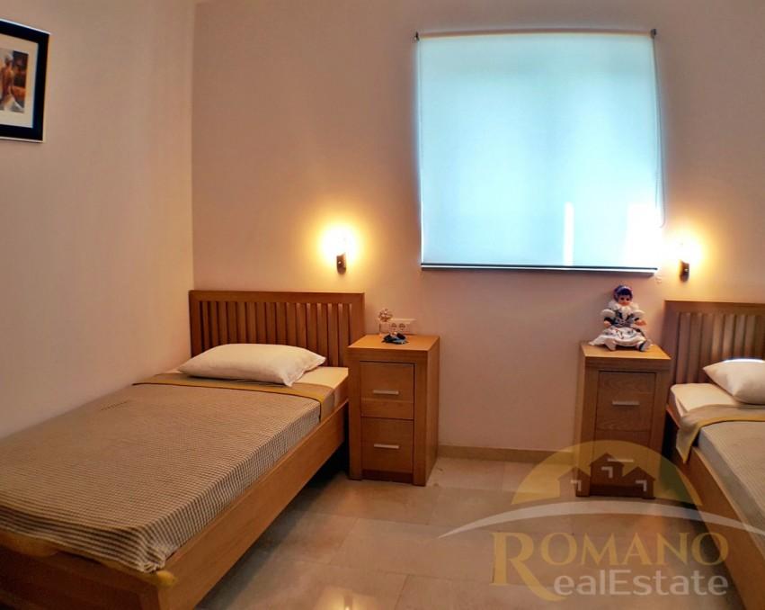 Apartment Okrug gornji | Businci | For sale