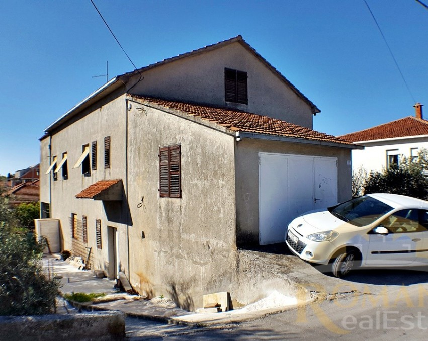 House in Trogir | For sale | Good location