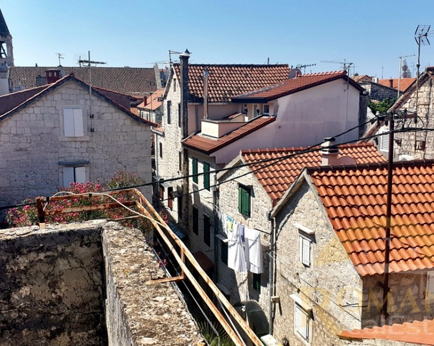 House in the old part of Trogir - Sale