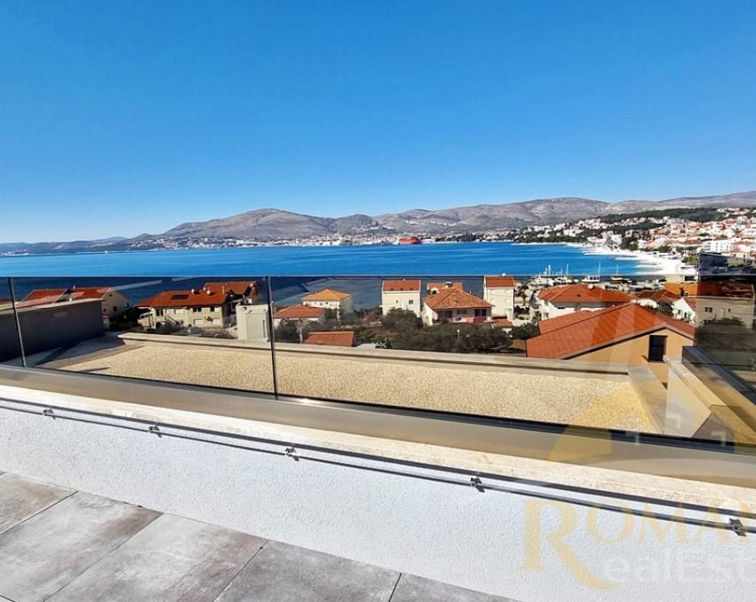 Luksuzni penthouse s krovnom terasom - Okrug Gornji