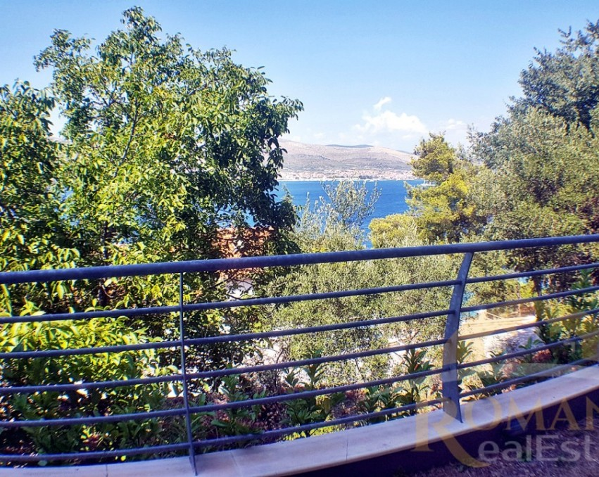 Apartment in Okrug Donji | Ciovo | For Sale